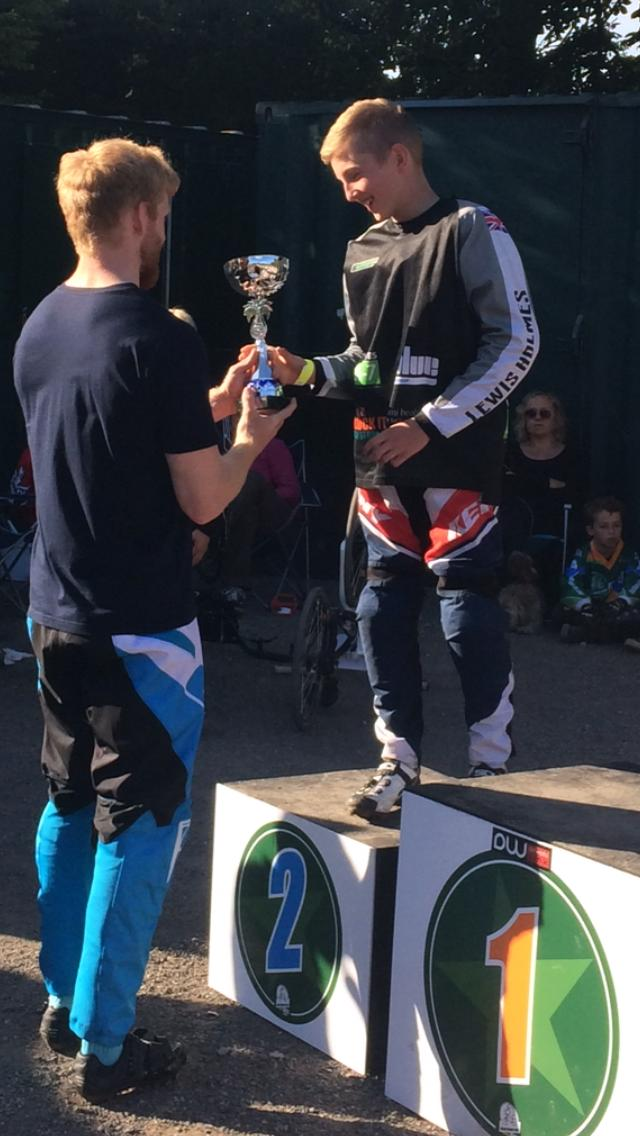 Lewis Accepting 2nd Place