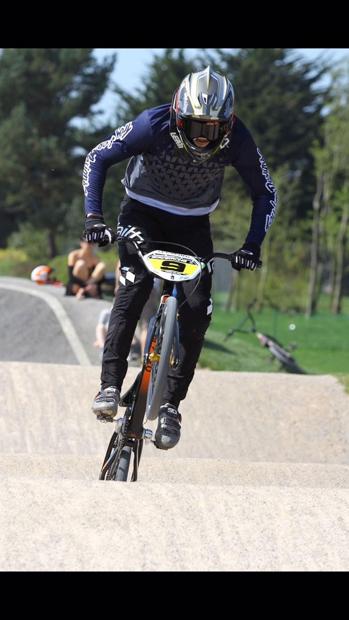Lewis Holmes in England Sponsorship clothing BMX wheelie